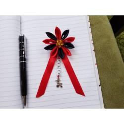 Kvet na kočík (červeno čierny) žltý kvietok