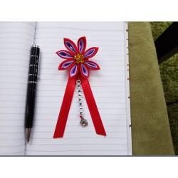Kvet na kočík (červeno fialový) žltý kvietok